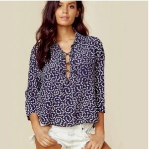 Faithfull the Brand SZ 2 Navy Bow-Printed Blouse